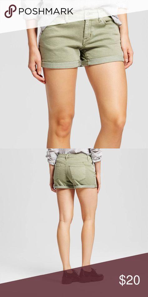 Women/'s Mid Rise Midi Shorts Multi Color Mossimo