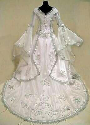 9e31b922c50c Medieval wedding dress witch CELTIC tudor renaissance costume victorian  gothic lotr larp handfasting wicca narnia pagan