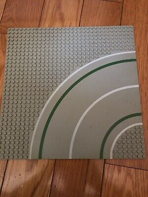 Lego Light Gray Baseplate Road 32 x 32 Dot 7-Stud Curve Road 10 x 10 In Platform