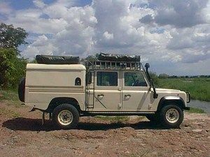 Pin by Christiaan on Landy 130 Canopy | Pinterest | Defender 130 Land rovers and Land rover defender 130 & Pin by Christiaan on Landy 130 Canopy | Pinterest | Defender 130 ...