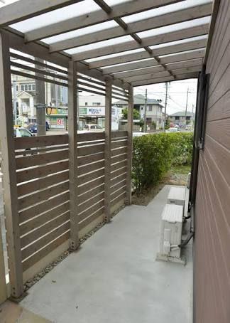 おしゃれな自転車置き場 の画像検索結果 木製パーゴラ 庭 デザイン