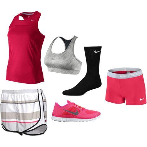Shorts blanco y gris, tank rosa fuerte, medias de compr negra.. El Primer medio de mis brooks .. Flor ... Verde? Viscera ¿?