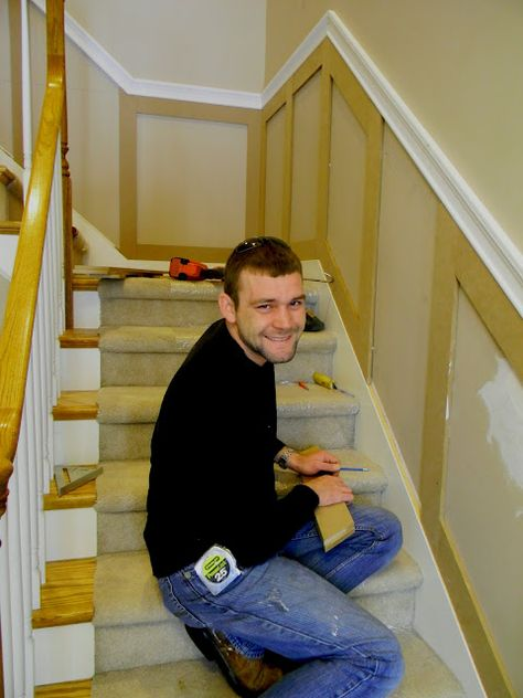wainscoting on stairway.  I need to do this to mine.