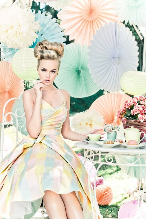 Spring Inspiration | Retro Chick. Love the way the skirt wraps