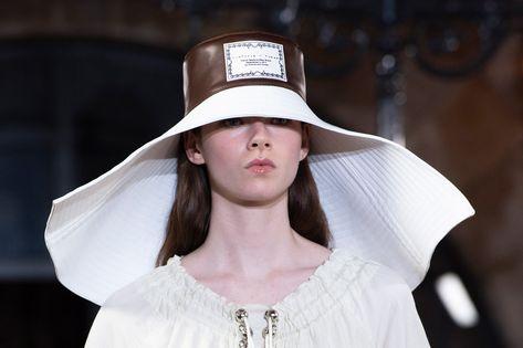 Victoria Tomas Spring 2020 Fashion Show Details | The