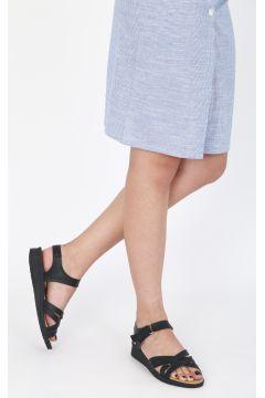 Yeni Bayan Sandalet Modelleri Panosundaki Pin