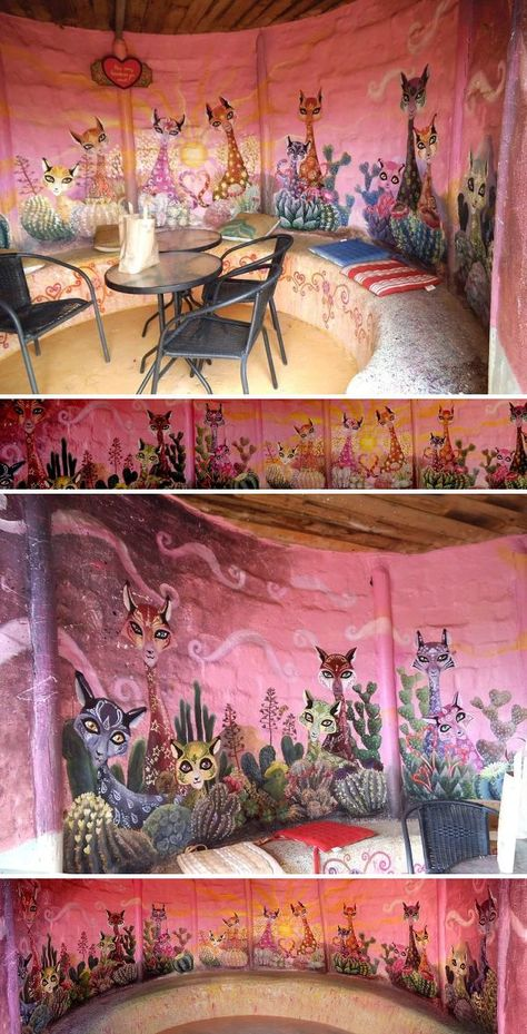 Murals - The Grotto of Hearts