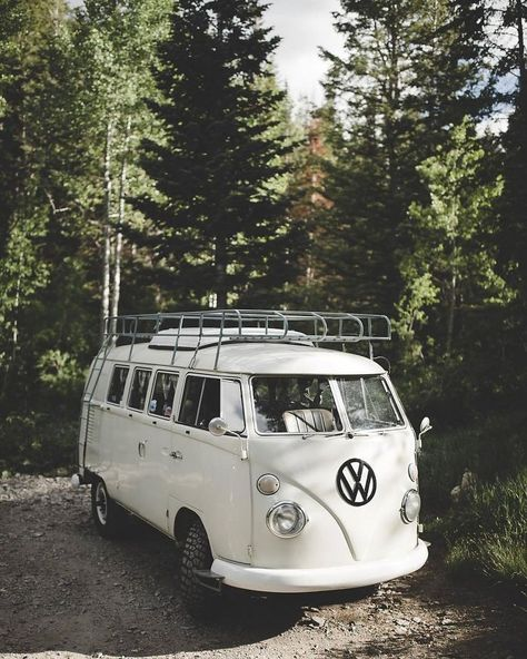 "Magic ""Combo"" by Volkswagen Vw T1 Camper, Volkswagen Bus, Camper Life, My Dream Car, Dream Cars, Motorhome, Wolkswagen Van, Kombi Hippie, Combi Ww"
