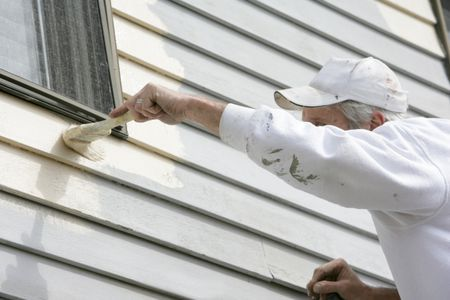 How Prep And Paint Vinyl Siding In 2020 Painting Vinyl Siding White Vinyl Siding Cleaning Vinyl Siding