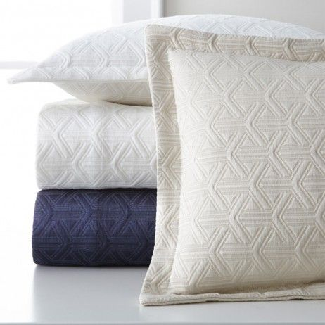 Emery By Legacy Home Duvet Bed
