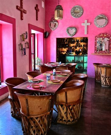 Mexican devotional decor: Salsitos, Baja California