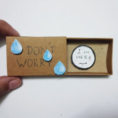 This encouragement matchbox greeting card put a smile on my face.  Wouldn't it be great to receive this!