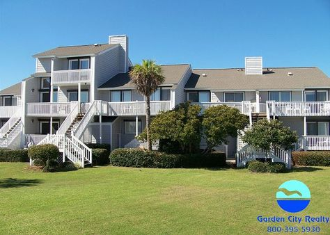 Gulf Stream Villa 107 is a four-bedroom, four-bath oceanfront townhouse located 2.2 miles south of Garden City Pier.