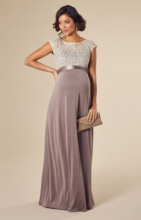 The Maternity Maxi Dresses – When Comfort Meets Style