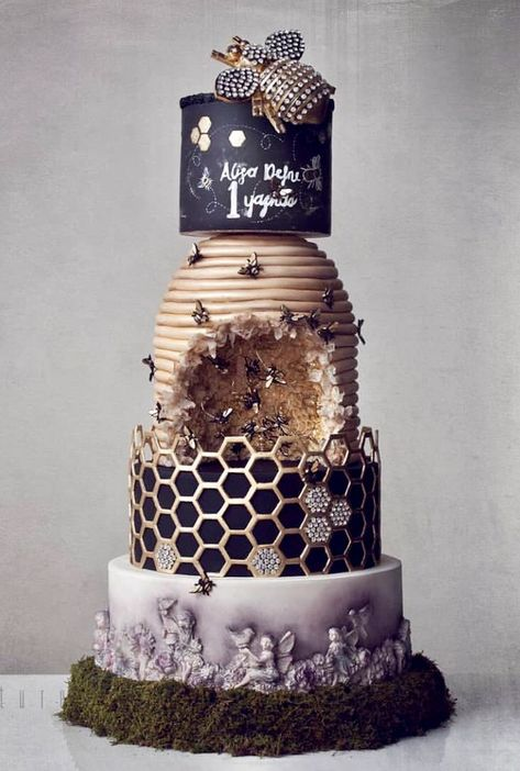 Beehive honeycomb cake - by Kek Couture - Fondant Cakes - Gateau