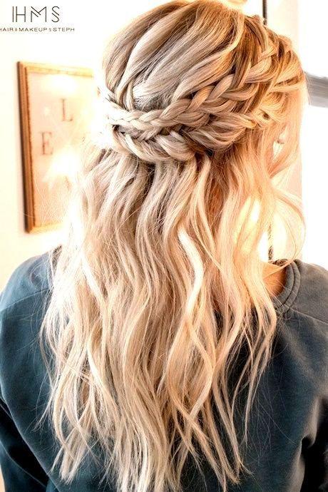 Halbe Hochsteckfrisuren Fur Langes Haar Mittleres Haar Fur Haar Haar Einfache Hochsteckfrisur Frisur Hochgesteckt Hochsteckfrisuren Lange Haare