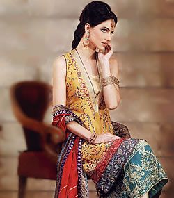Pak Couture / Dupatta and Pants are lovely, shirt is unbecoming