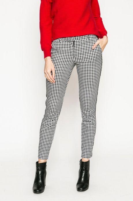 Pantalon Formal Con Botines Buscar Con Google Pantalon Cuadros Mujer Pantalones Estampados Outfits Pantalones De Cuadros