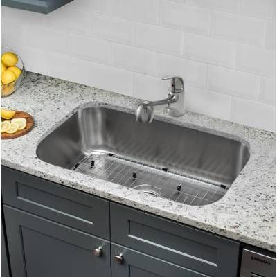Handmade 32 L X 20 W Farmhouse Kitchen Sink With Faucet With Images Undermount Kitchen Sinks Kitchen Sink Farmhouse Sink Kitchen