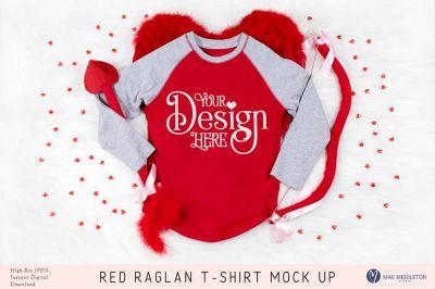 Download Red Raglan Baseball T Shirt Mock Up Psd Mockup Template Design Mockup Free Free Psd Design Clothing Mockup