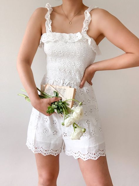 Our favorite lavender lemonade romper Tap to shop. Lace Romper, Lace Shorts, Romper Outfit, Looks Hippie, Pretty Outfits, Cute Outfits, High Street Fashion, Lavender Lemonade, Garden Dress