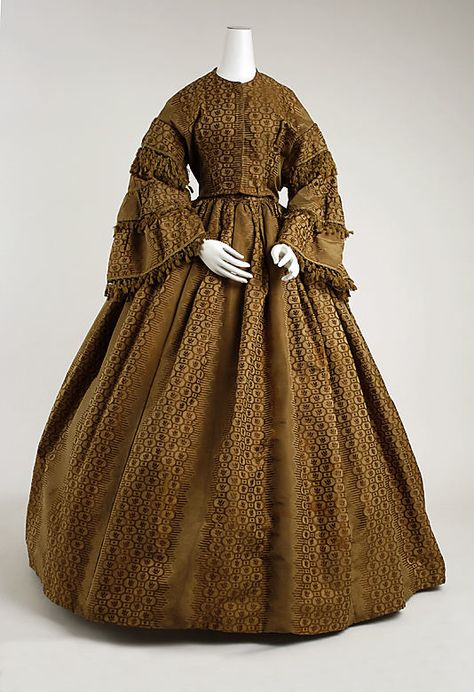 Dress 1856, American, Made of silk