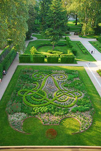 Gartenpalais Liechtenstein Von Der Barocken Idee Zur Heutigen Oase Fuhrung Durch Die Parkanlage Fotograf Beautiful Gardens Amazing Gardens Landscape Design