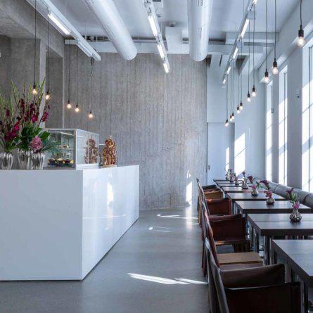 Deutsche Bank Kunsthalle Palais Populaire Berlin Creme Guides Berlin Gemutliches Cafe Bank