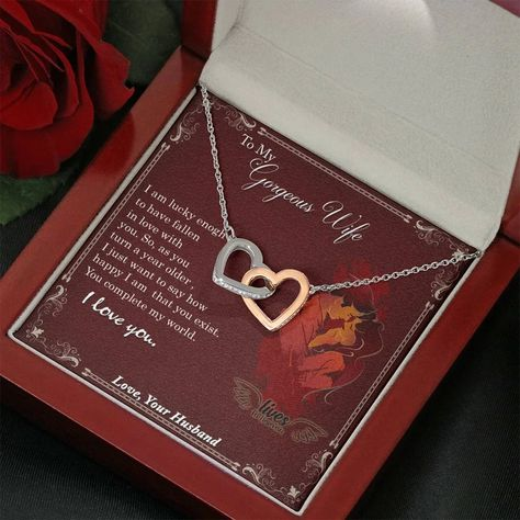 TO MY GORGEOUS WIFE INTERLOCKING HEARTS NECKLACE WITH ON DEMAND MESSAG – ShineOn