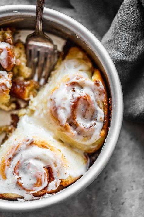 Cinnamon roll recipe for 1 (or two). Some leftovers just aren't the same 😋 #dessert #dessertfoodrecipes #dessertideas #easterrecipes #easterdessert #cinnamonrolls #cinnamonrollshomemade #householdhacks #cookingforone #cookingfortwo