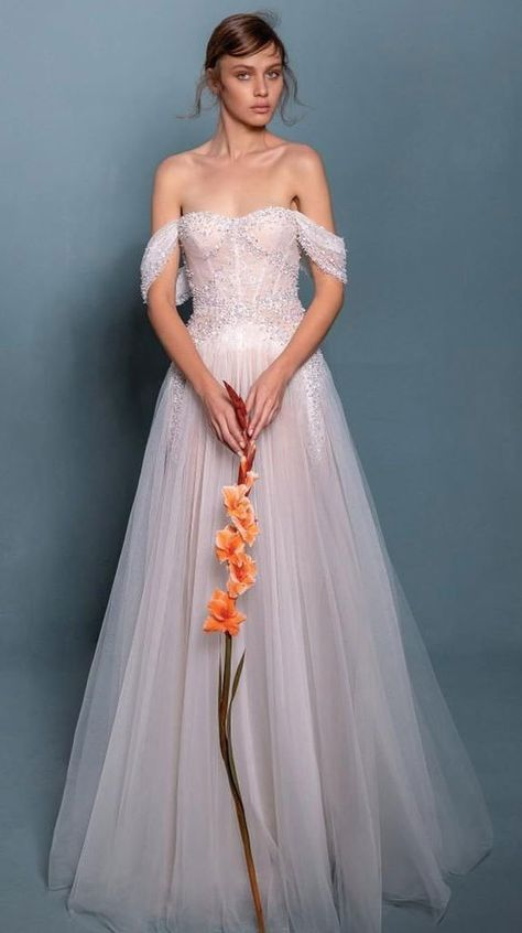 #weddingdress #weddinggown #bridedress