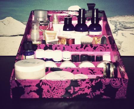 Diy Un Stockage De Maquillage Pas Cher Et Ecologique Diy Tips Ideas Rangements En 2020 Rangements Maquillage Rangement Maquillage Pas Cher Boite De Maquillage