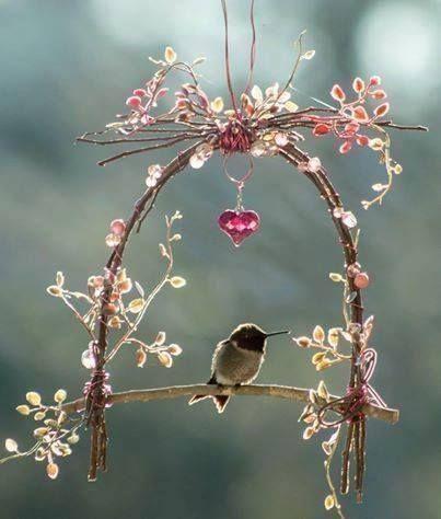 Cute little hummingbird swing ~fairy garden~ Garden Crafts, Garden Projects, Garden Ideas, Backyard Ideas, Rustic Backyard, Backyard Birds, Easy Garden, Hummingbird Swing, Hummingbird House