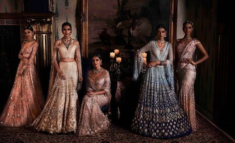 Top 10 Fashion Designers To Look Upto For Bridal Trousseau Shopping Indian Wedding Lehenga Top 10 Fashion Designers Mehendi Outfits