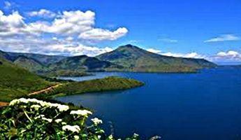 Tempat Wisata Menawan Di Papua Di 2020 Pemandangan Awan Tempat