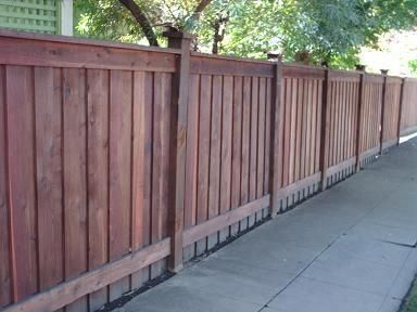 6x6 1x6 Flat Top Board On Board 2x6 Cap 1x4 Trim With Wood Post Cap Woodworkingprojectsbeginner Yard Remodel Wood Fence Design Backyard Fences
