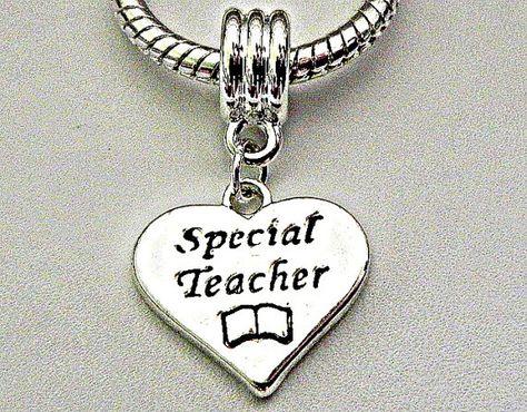 charm pandora insegnante