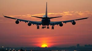 Resultado de imagen de AVIONES COMERCIALES VOLANDO | Buscar vuelos baratos,  Billetes de aerolinea, Volar