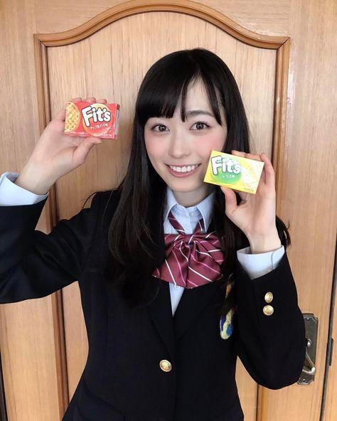 いいね!13.9千件、コメント87件 ― 福原遥さん(@haruka.f.official)のInstagramアカウント: 「組み合わせるとなにが出る?? アップルパイ味とシトラス味 組み合わせると さてなんの味になるでしょう~? #Fits組 #2年F組 #組み合わせるとすごい #佐野勇斗…」