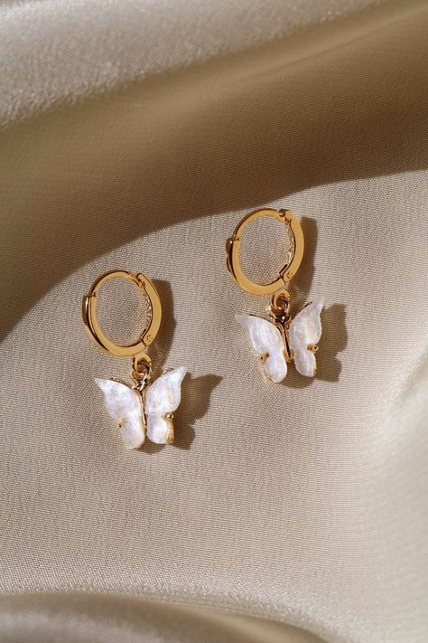 Butterfly Earrings Gold plated butterfly with your option of a gold plated or gold filled hoop. Lead and nickel free.Gold plated butterfly with your option of a gold plated or gold filled hoop. Lead and nickel free. Ear Jewelry, Cute Jewelry, Boho Jewelry, Jewelery, Jewelry Accessories, Jewelry Necklaces, Fashion Jewelry, Women Jewelry, Gold Bracelets