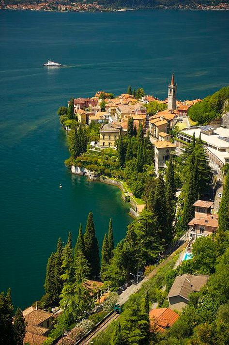 The Top 15 Places You Should Visit in Italy | Varenna | This post should help you plan your vacation. Loaded with great travel tips and photography of the best cities in Italy!