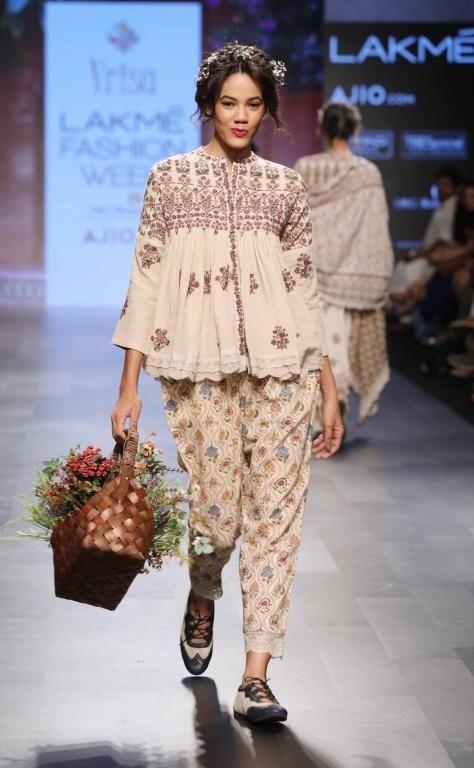 Vrisa - Lakme Fashion Week - Day 4 - Look Lakme Fashion Week Website