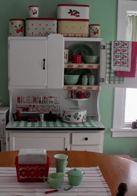 Vintage Kitchen Hoosier More - The Christmas decorations are put away, and there's a theme to what is replacing them. It's not a red metal toy theme. It's not a red Swanky Swig theme. {Even though there's a red Swanky Swig sporting its original label.