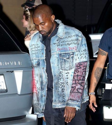 Jaqueta Destroyed. Macho Moda - Blog de Moda Masculina: JAQUETA DESTROYED JEANS MASCULINA: Pra Inspirar e Onde Encontrar, Jaqueta Jeans Customizada, Jaqueta Jeans Rasgada, Kanye West, Jaqueta Jeans Oversized, jaqueta Jeans Escrita
