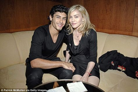 Hollywood writer reveals why Madonna only dated toyboys after divorce