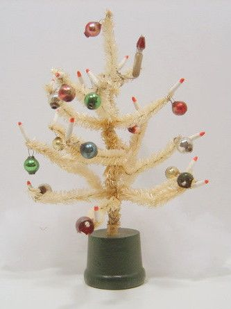vintage miniature white pipe cleaner Christmas tree
