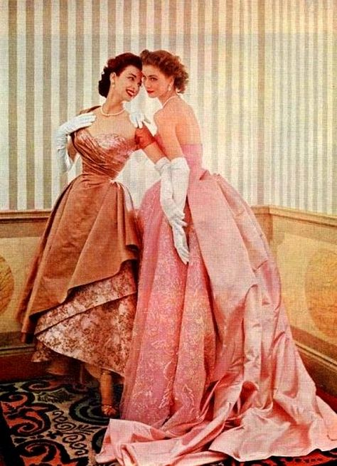 Supermodel sisters Dorian Leigh and Suzy Parker for Modess, 1953.