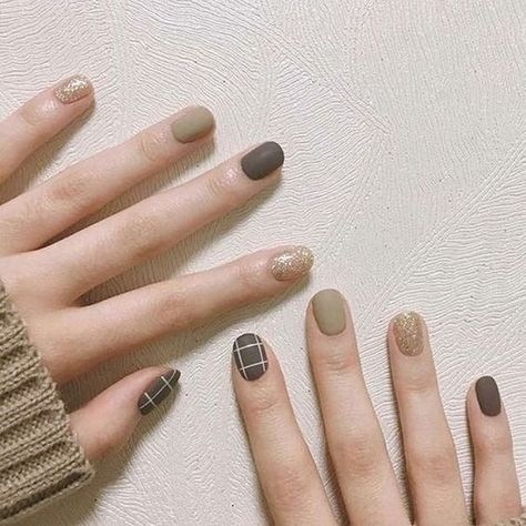 60+ Most Eye-catching Matte Nails With Green Color Inspiration Idea - Page 25 of 63 - Marble Kim Design