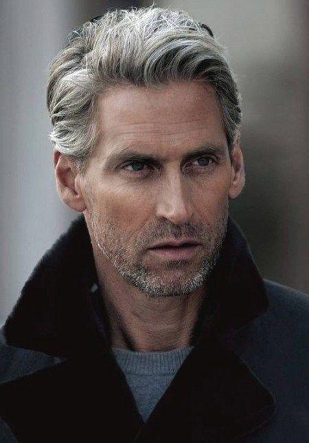 Frisuren Fur Manner Mit Grauen Haaren Frisuren Haarschnitt Manner Frisuren Fur Altere Manner Lange Haare Manner