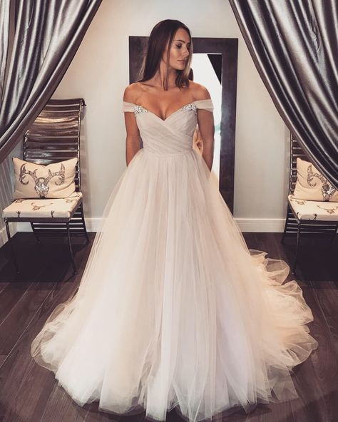 White Wedding Gown Hydrangea: Pink 'hydrangea' Tulle Wedding Down. Tulle Ballgown With